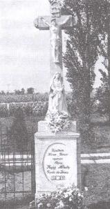 Cintorínske kríže Töböréte